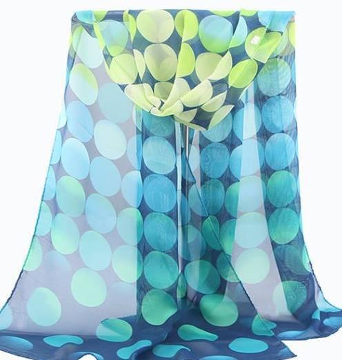 tørklæder med prikker