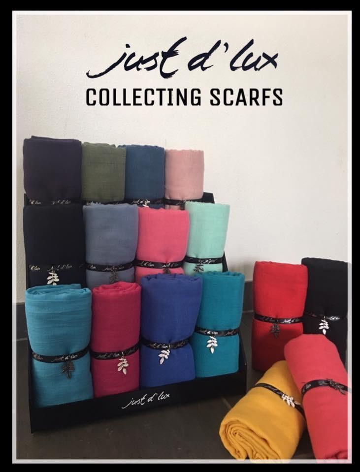 ensfarvede tørklæder