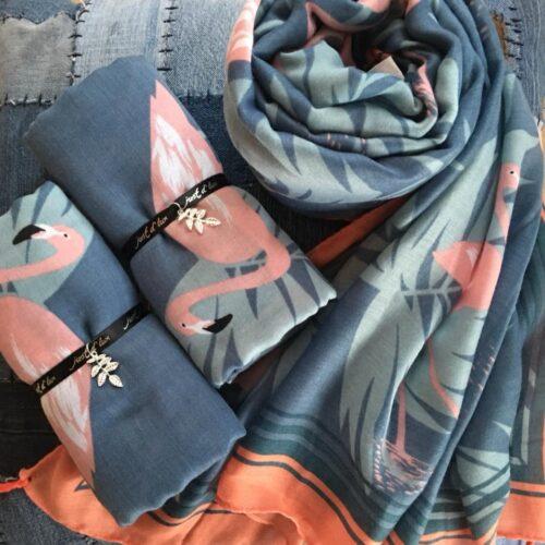Tørklæde med fugle