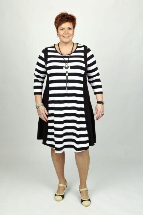kjole med striber
