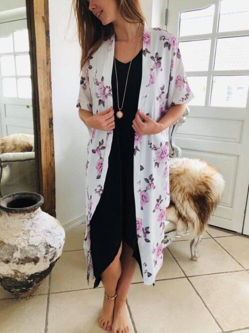 Kimono med blomsterprint