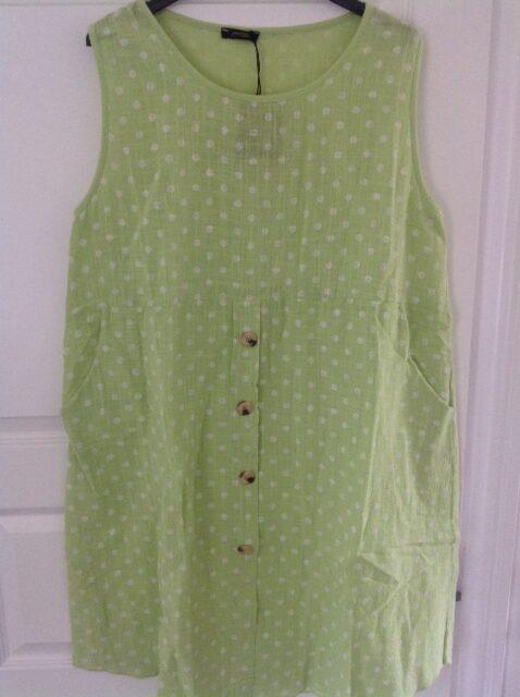 Lime grøn tunika med prikker