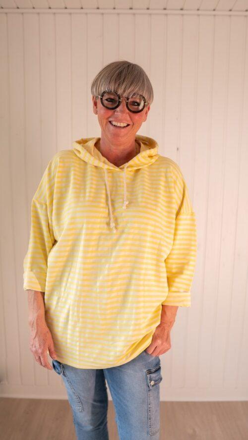 Janne K hættetrøje gul stribet