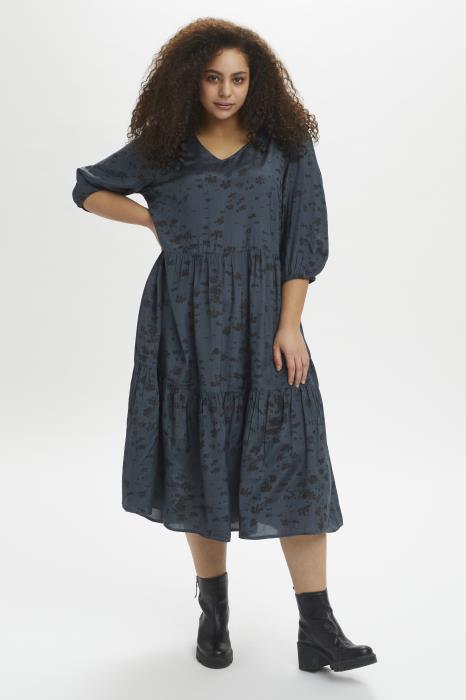 Kaffe curve blå kjole med grafisk print