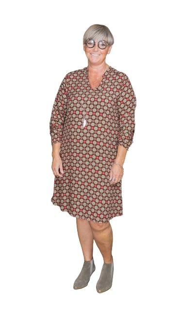 Janne K kjole med cirkler brun